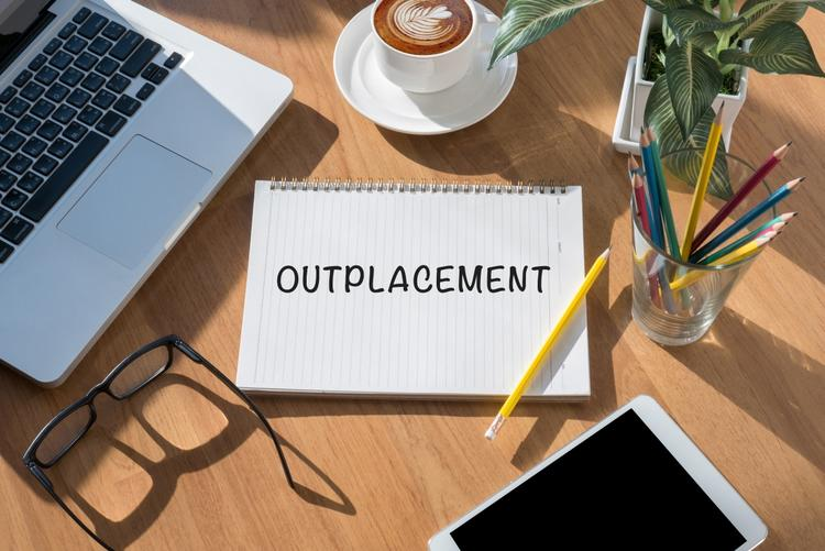 Outplacement jako element strategii Employer Branding - Trendy HR
